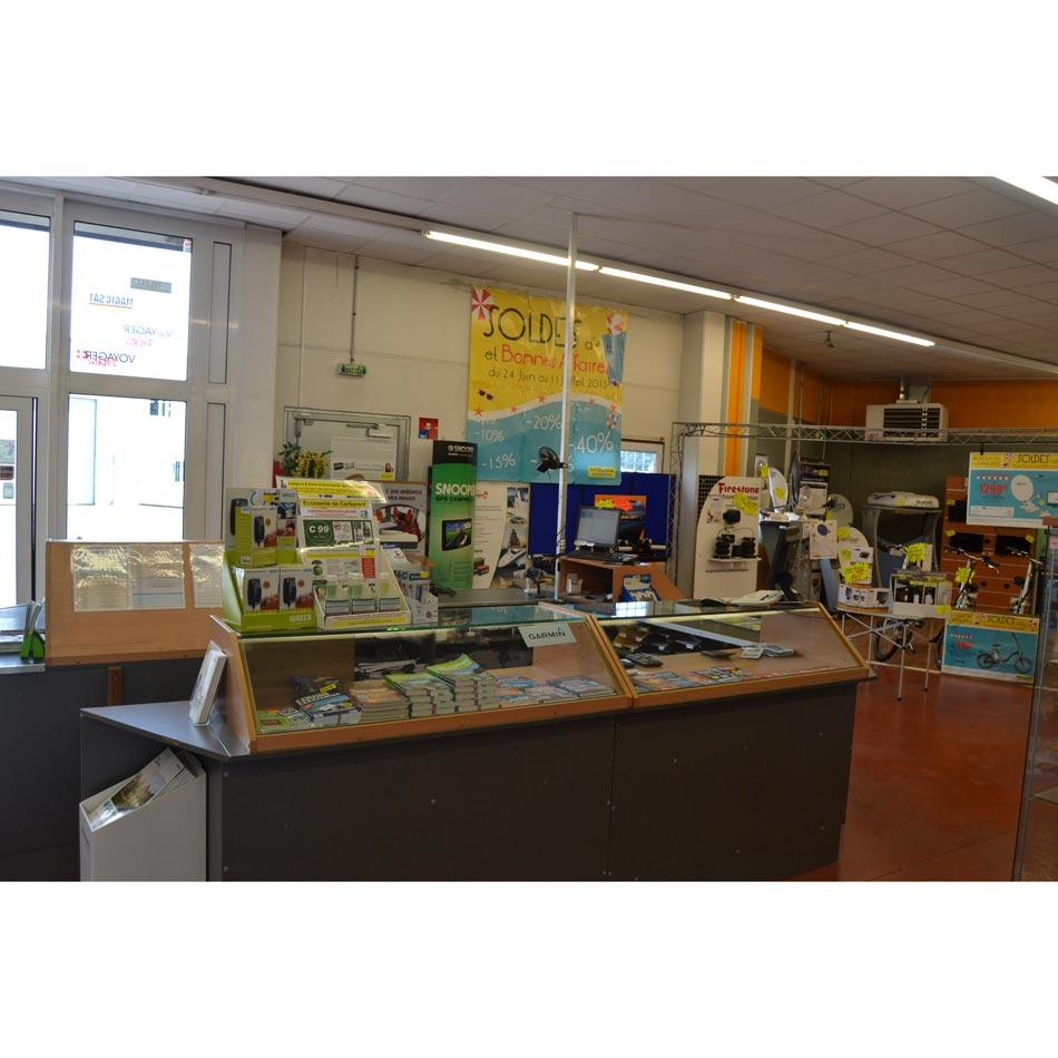 interieur-magasin-Narbonne-Accessoires-012.jpg